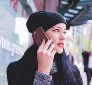 téléphoner à un ami