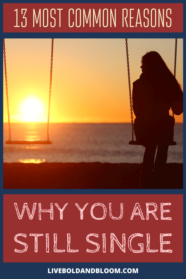 La simple question: «Pourquoi suis-je seul?»  est une preuve suffisante que vous n'êtes pas d'accord avec l'idée d'être célibataire pour le reste de votre vie.  Certains le sont, et vous ne les jugez pas pour cela.