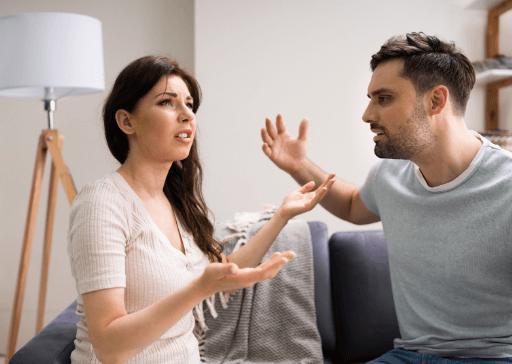 signes d'un mari émotionnellement indisponible