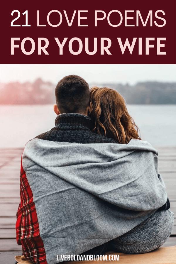 Vous cherchez des mots à dire pour faire battre le cœur de votre femme?  Découvrez ces poèmes d'amour pour votre femme et dites-leur à quel point vous les aimez à travers eux.