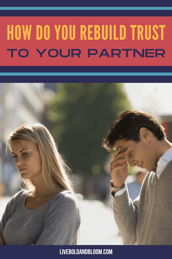 Vous vous sentez mal après avoir été surpris en train de mentir par votre partenaire.  Que ce soit un petit mensonge blanc ou un gros mensonge, c'est toujours un mensonge.  Maintenant, comment reconstruisez-vous la confiance de votre partenaire?