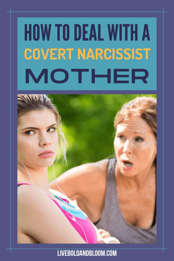 Pensez-vous que votre mère est trop exigeante?  Lisez cet article pour savoir si votre mère contrôle et apprenez à gérer une mère narcissique secrète